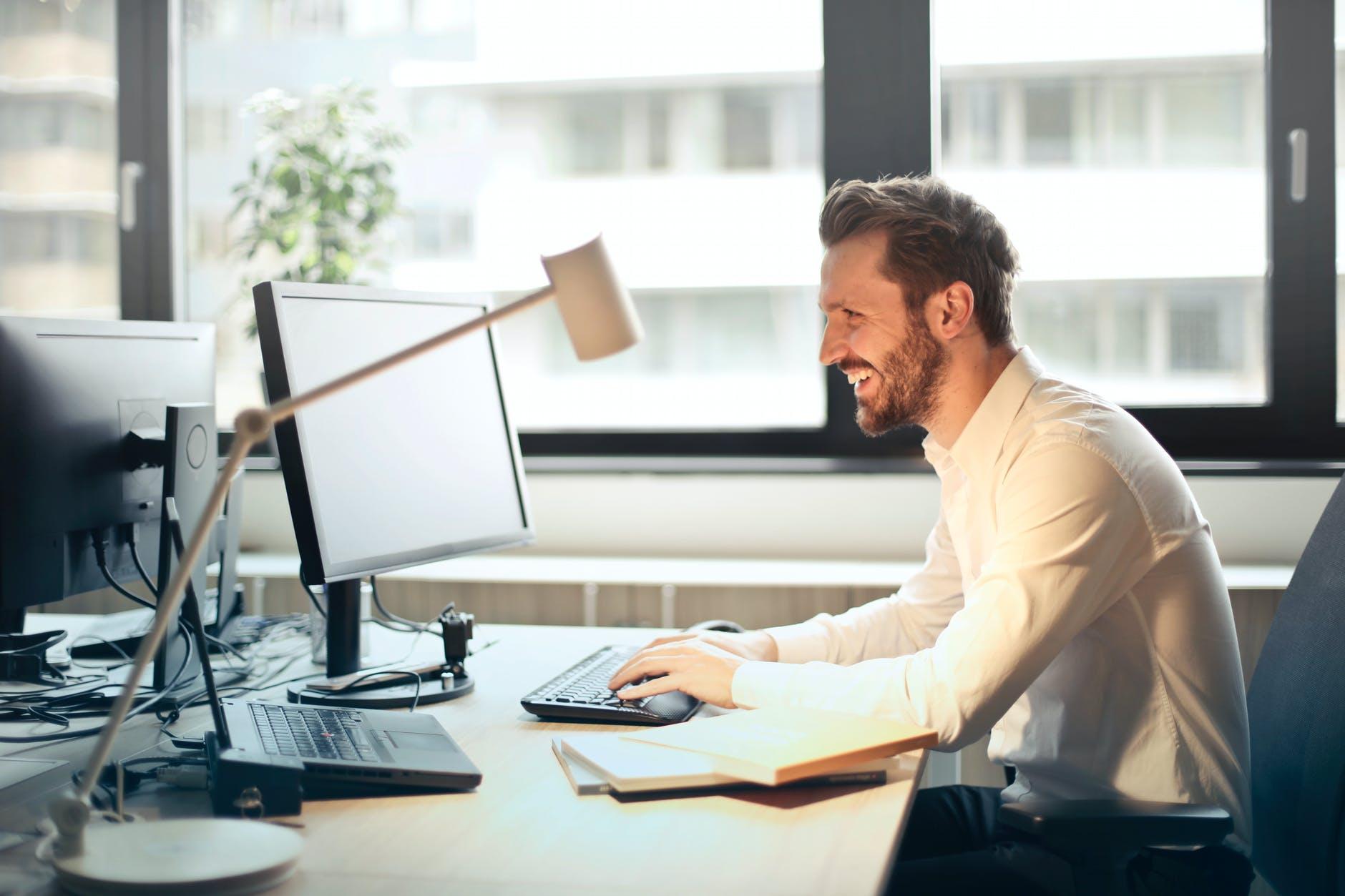 Maximal 2 Personen pro Büro